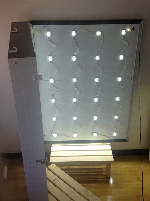 LED看板開閉式(点灯)